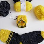 Rico mezgimo siūlai kojinėma